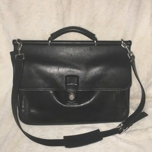 Coach Beekman BARCLAY Briefcase in BLACK LEATHER.
